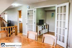 townhouse for rent in orleans